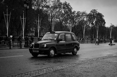 Taxi, Buckingham Palace
