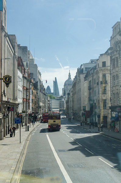 "Atop bus in <a href=""https://en.wikipedia.org/wiki/Fleet_Street"" target=""_blank"">Fleet Street</a>"