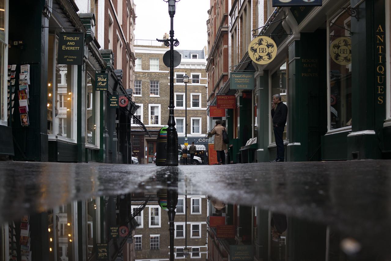 Cecil Ct, London