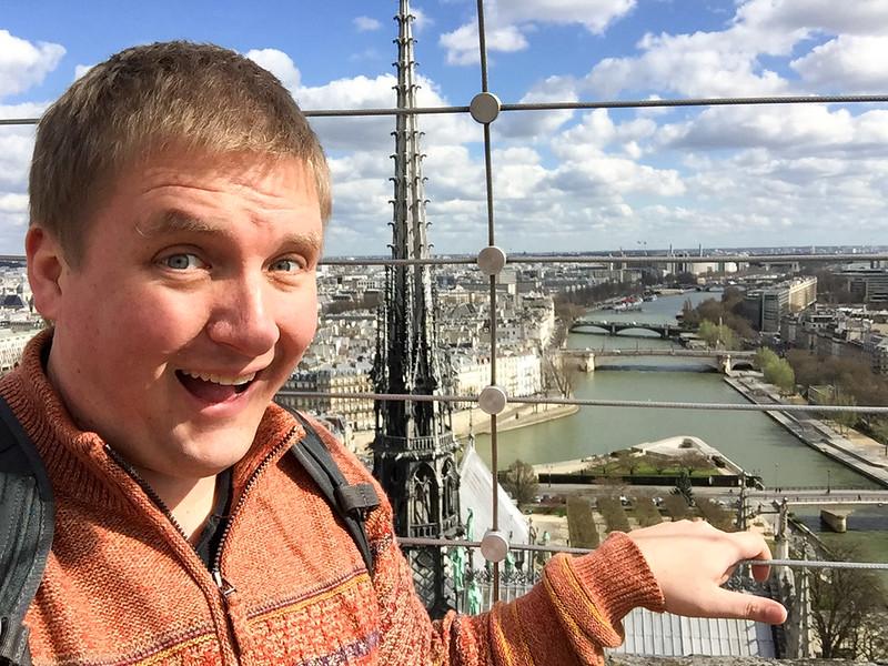 Selfie Time - Notre Dame (v2)