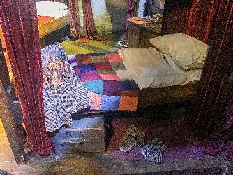 Ron's bed