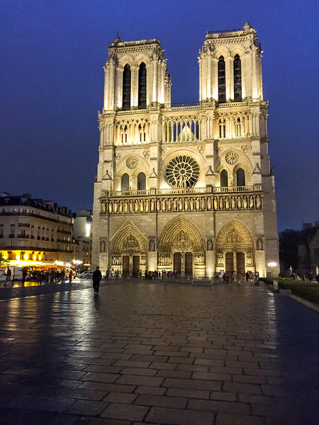 Nighttime shot of Notre Dame