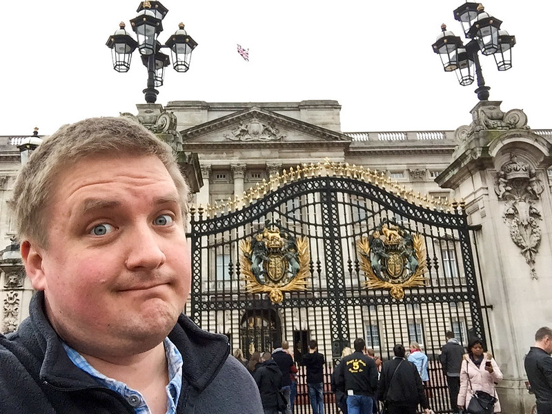Selfie Time - Buckingham Palace