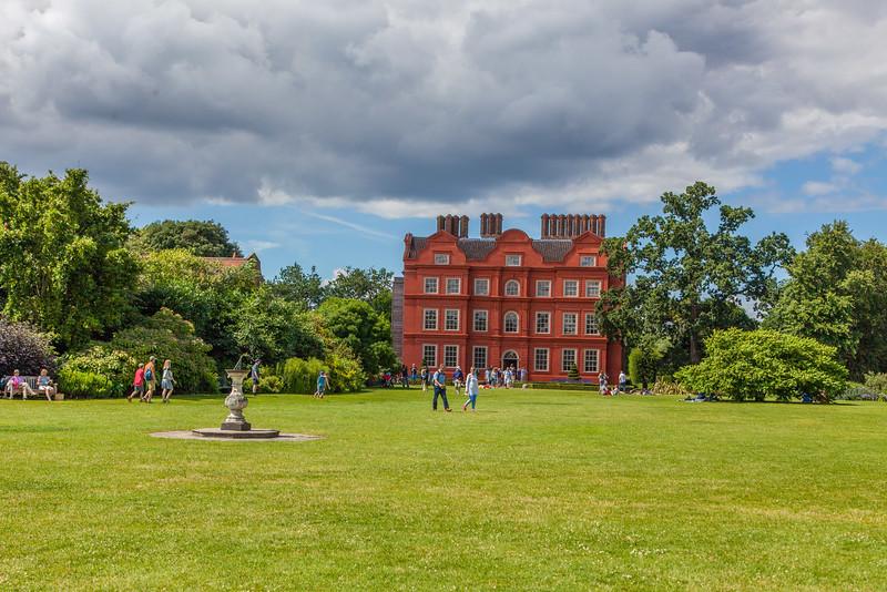 King George III's Palace  front yard