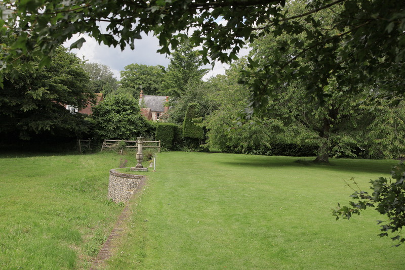 Gilbert White's house (The Wakes) and grounds