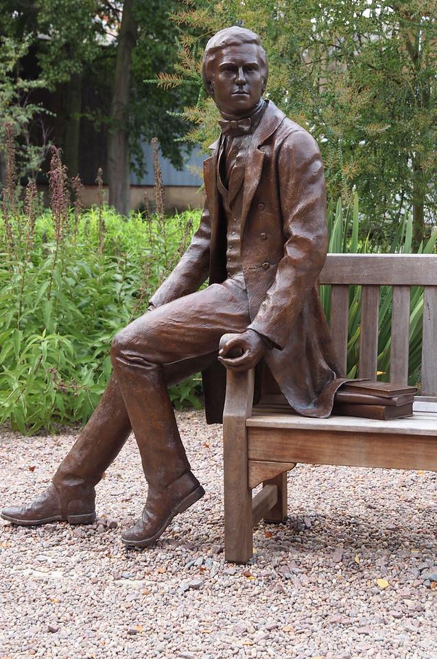 Charles Darwin statue at Cambridge.