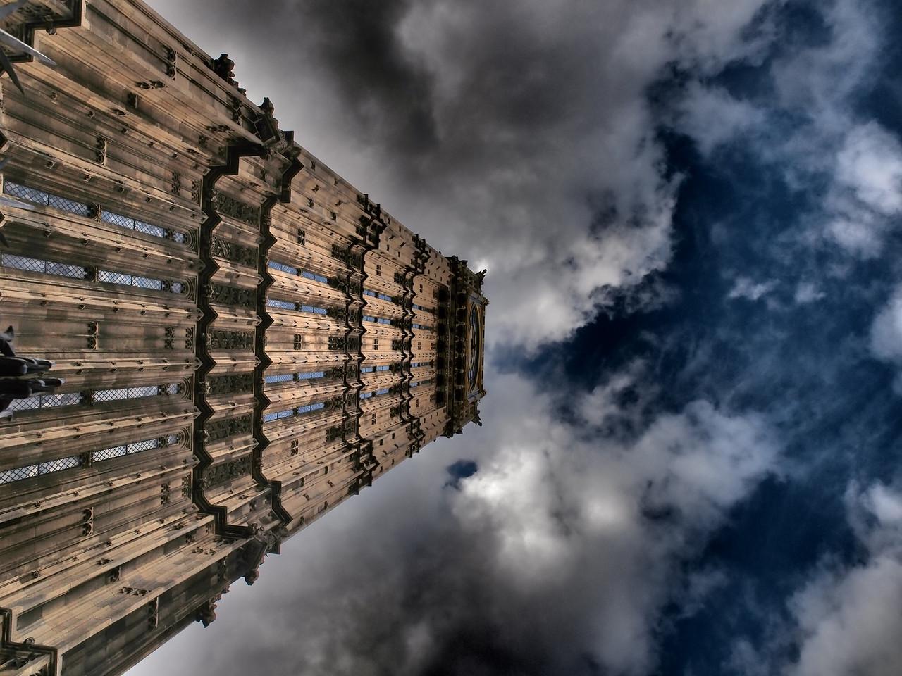 Big Ben looking up.