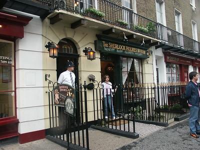 Sherlock Holmes Museum London (1)
