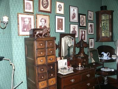 Sherlock Holmes Museum London (4)