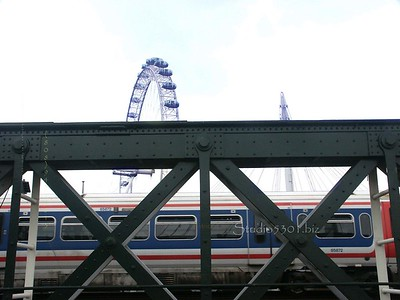 London Eye and Metro