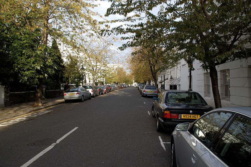 I was able to spend some time in London on my last trip to the UK...these are a few pics from Kensington...