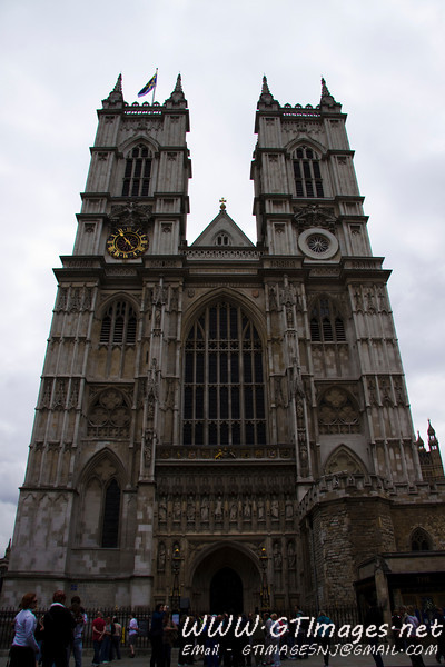 Westminster Abbey.This was our first trip to London. Therefore, this is the first time I have ever seen Westminste Abbey. Having seen several other noteable places of worship in Europe, this is a very impressive place, and structure. The history of the abbey dates back to the first century, and had several twists and turns till this date. Although it was constructed in various stages through its ~1500 years of history, the architecture is consistently Gothic throughout the structure.