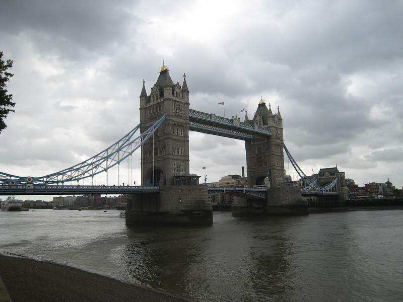 Tour Bridge