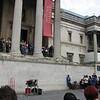 Trafalgar Square - Interesting contortionist ...