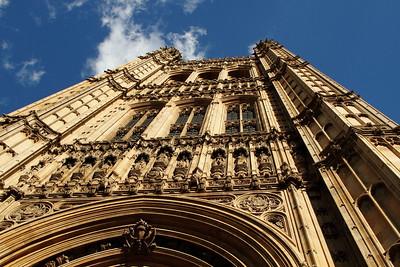 London, a walk around Westminster palace