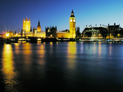 Thames river, Big Ben, House of Parliament in sunset colors