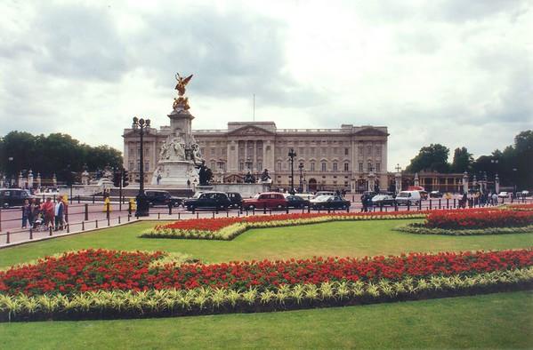 Buckingham Palace Jun 1996