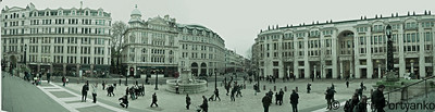 London Cathedral Square Panorama