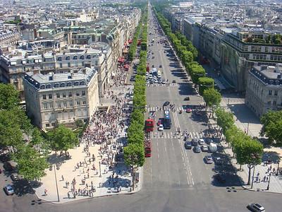 Avenue des Champs d'Elysees