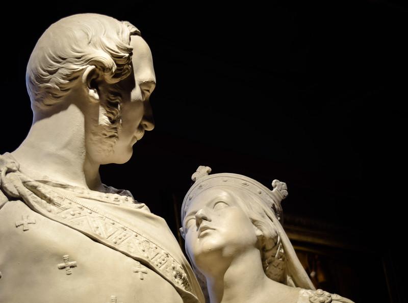 Victoria & Albert, National Portrait Gallery