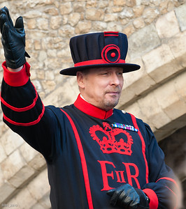Beefeater discusses history of the Tower Of London  Nov 2010