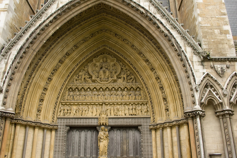 The arch of Westminster Abbey.