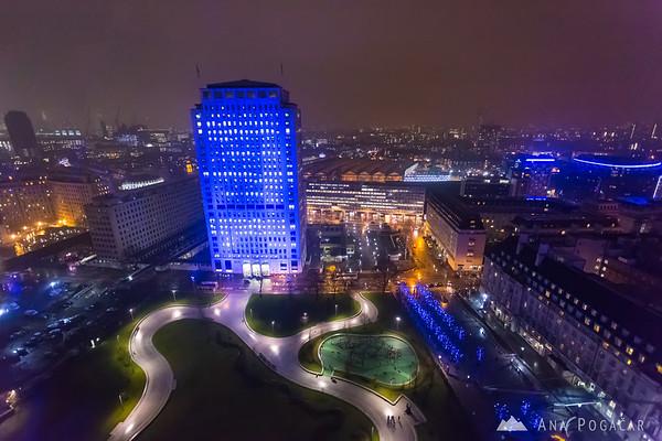Riding the London Eye at night