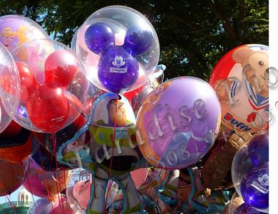 Disney balloons 489