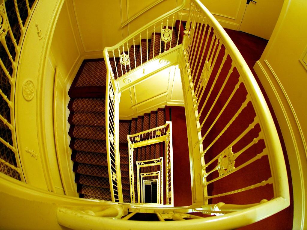 Biltmore stairs, Sept 2005
