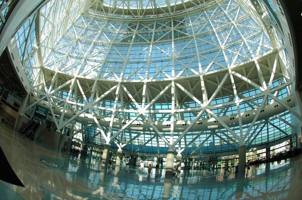 Inside the Los Angeles Convention Center, Sept 2005