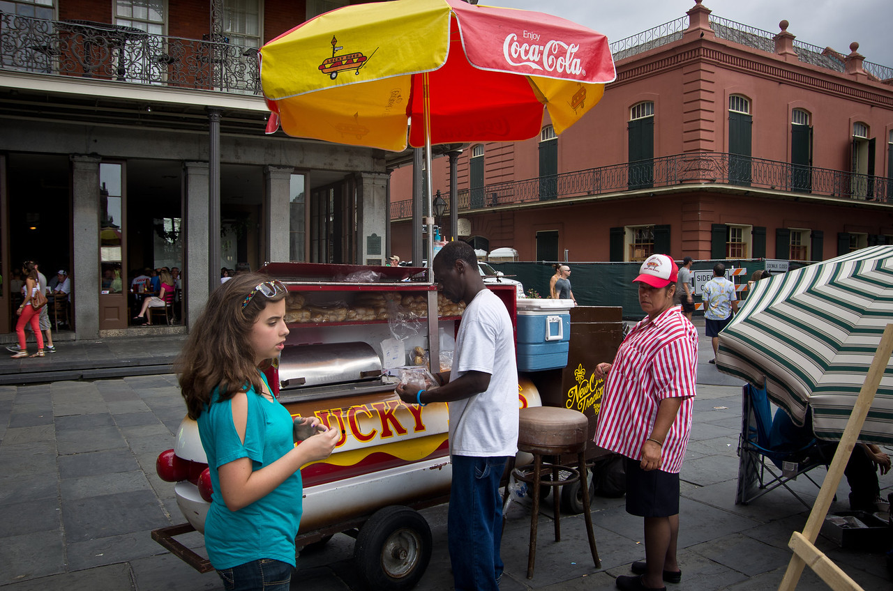 Anna gets her first Lucky Dog, a New Orleans tradition