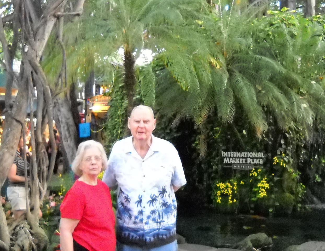 Jenny and Clem on Waikiki