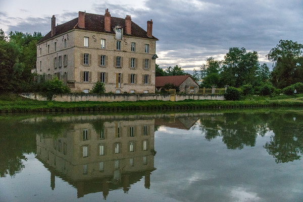 This 16th century chateau was directly opposite our moorage one evening, just across the canal. When we looked out of our porthole in the morning to see this, we realize we're not in Kansas anymore.