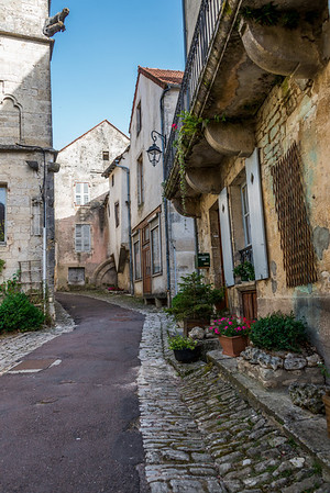 Exploring Noyers-sur-Serein's back streets reveals beautiful scenes like this