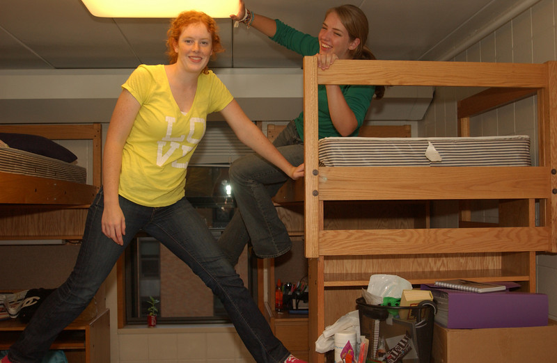 Lydia & her roomie, Kristin, goofin' around