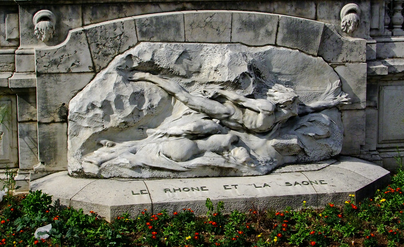 Depicting the confluence of the mighy Rhone River and Saone River.