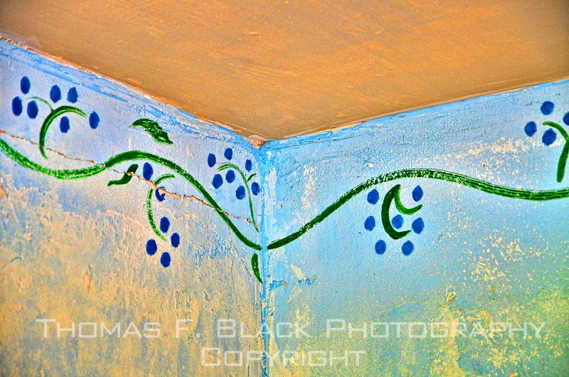 Hand-painted wall detail in upstairs bedroom. [UFP092312]