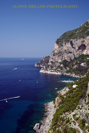 PORTRAIT OF PARADISE IN CAPRI