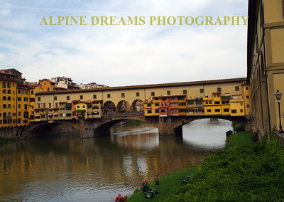 BRIDGE OF HOUSES IN FLORENCE
