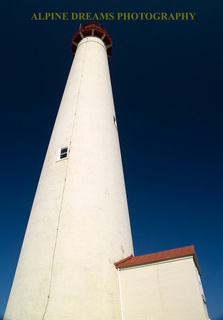 LIGHTHOUSE-at-NOON