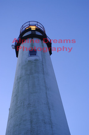 LIGHTHOUSE-VERTICAL