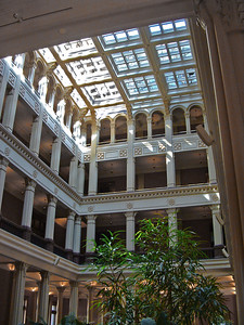 The St. Paul Café is located in the building's atrium.