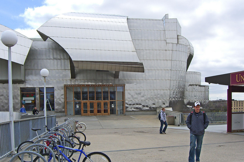 Weisman Art Museum, 1993. Angular shapes clad in brushed stainless steel.