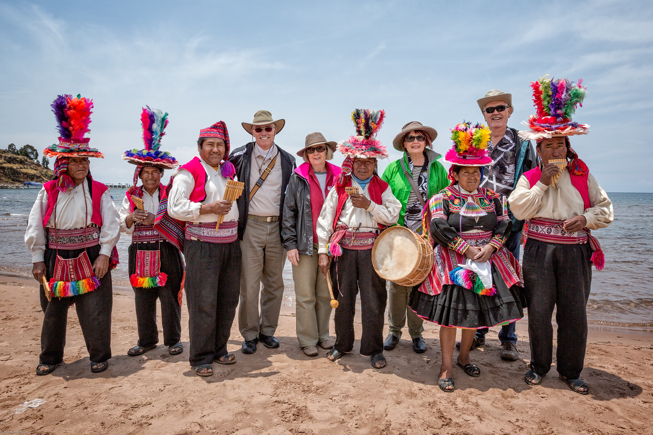 Posing with the Island de Taquile Musicians