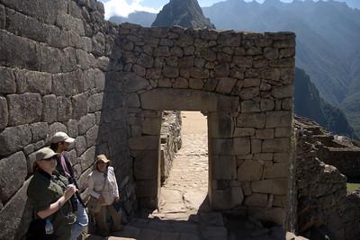 Machu Picchu, Peru - Main Gate Front (2008-07-05)