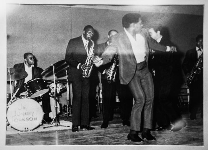 Jaimoe on drums with Otis Redding!