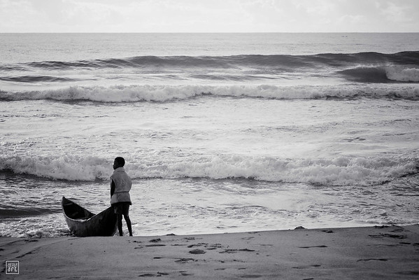 Ambila | Early morning on the beach