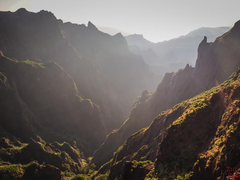 Pico do Arieiro Hike views