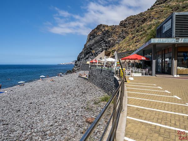 Praia do Garajau Beach - restaurant