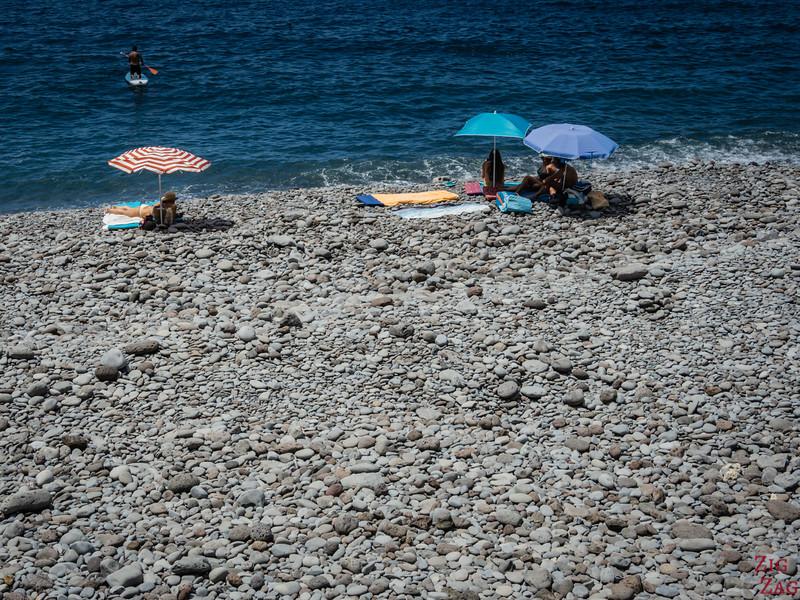 Praia do Garajau Beach - Pebbles